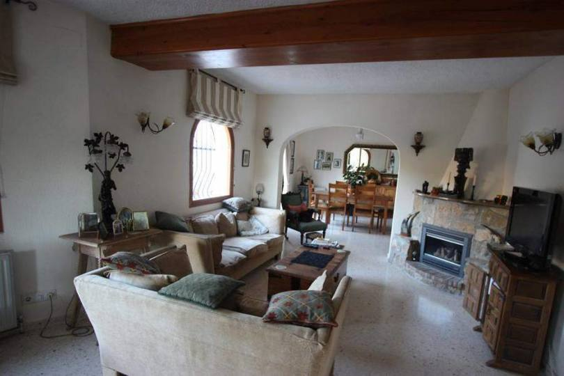 Benidoleig,Alicante,España,4 Bedrooms Bedrooms,3 BathroomsBathrooms,Chalets,17273