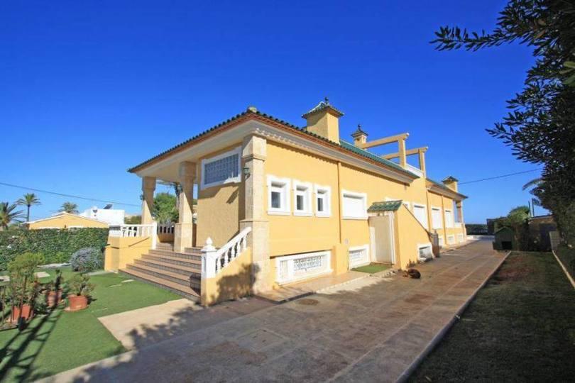 Dénia,Alicante,España,4 BathroomsBathrooms,Chalets,17277