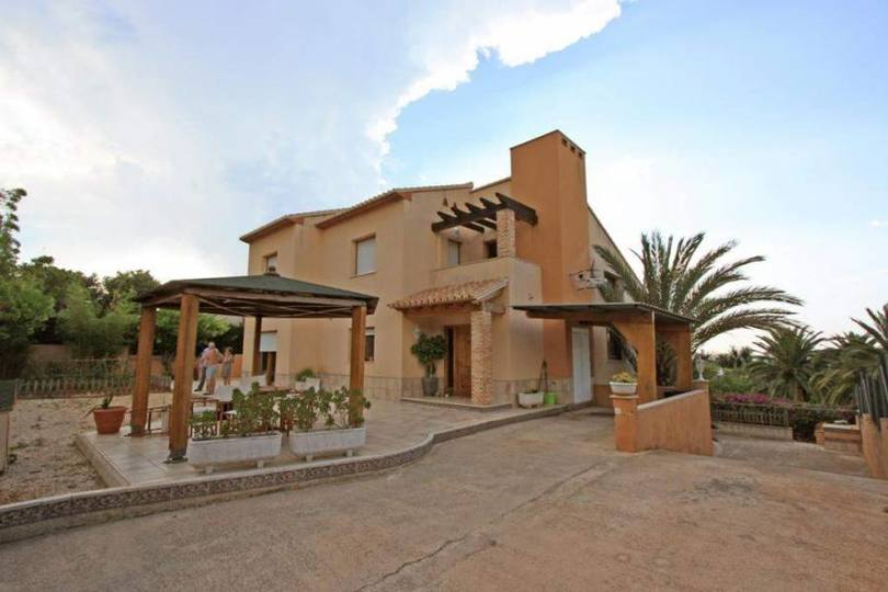 Dénia,Alicante,España,3 Bedrooms Bedrooms,3 BathroomsBathrooms,Chalets,17281