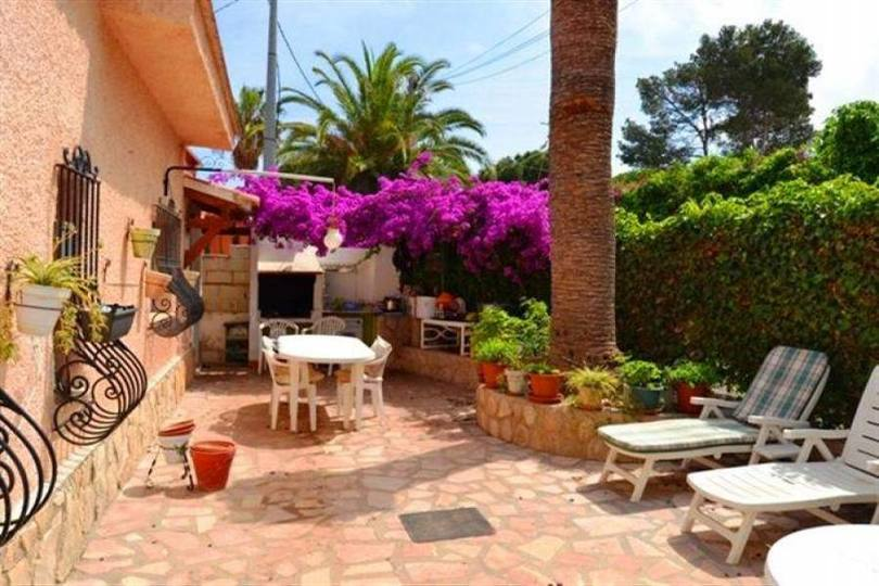 Dénia,Alicante,España,6 Bedrooms Bedrooms,2 BathroomsBathrooms,Chalets,17282