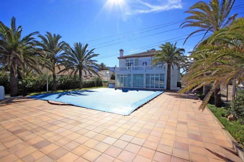 Dénia,Alicante,España,10 Bedrooms Bedrooms,5 BathroomsBathrooms,Chalets,17290