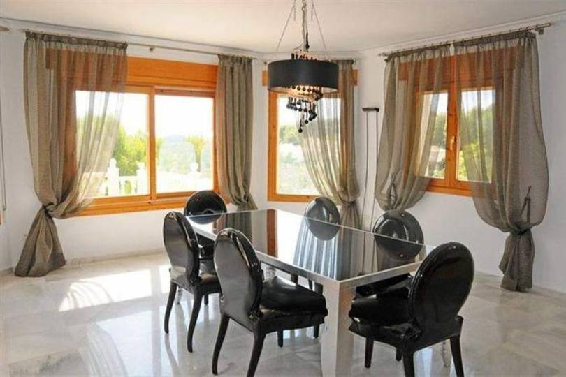 Pedreguer,Alicante,España,6 Bedrooms Bedrooms,5 BathroomsBathrooms,Chalets,17291