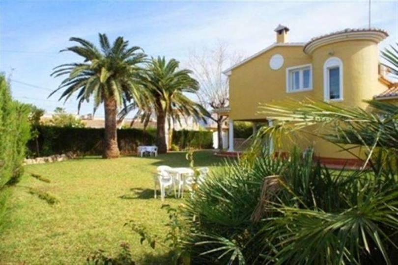 Dénia,Alicante,España,3 Bedrooms Bedrooms,2 BathroomsBathrooms,Chalets,17293