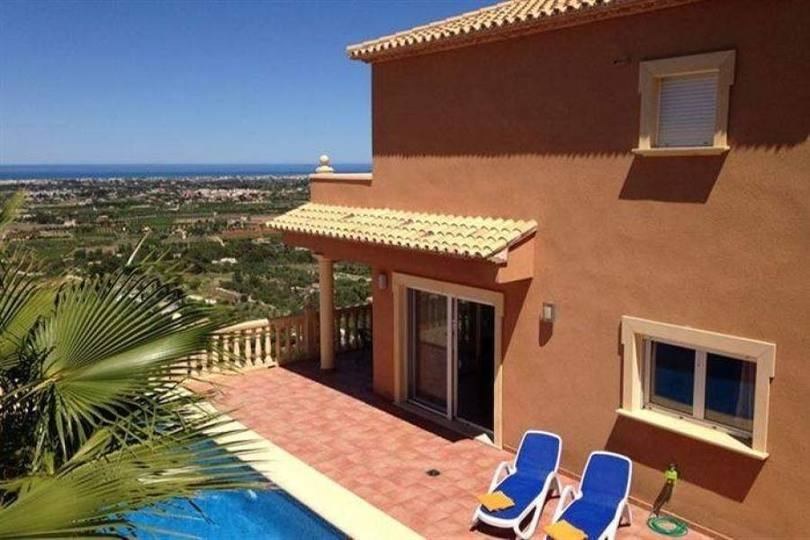 Pedreguer,Alicante,España,2 Bedrooms Bedrooms,2 BathroomsBathrooms,Chalets,17299