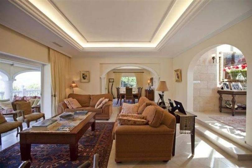 Pedreguer,Alicante,España,6 Bedrooms Bedrooms,6 BathroomsBathrooms,Chalets,17302