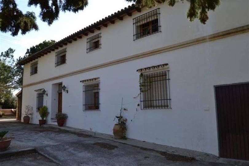 Dénia,Alicante,España,4 Bedrooms Bedrooms,3 BathroomsBathrooms,Chalets,17305