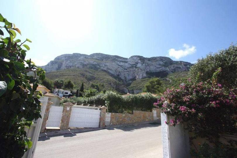 Dénia,Alicante,España,4 Bedrooms Bedrooms,4 BathroomsBathrooms,Chalets,17321