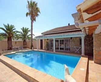 Pedreguer,Alicante,España,5 Bedrooms Bedrooms,4 BathroomsBathrooms,Chalets,17326