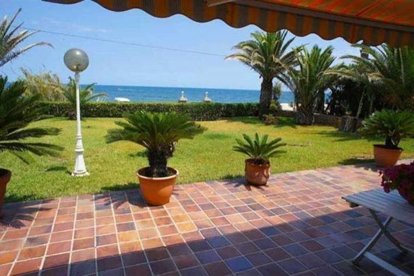 Dénia,Alicante,España,5 Bedrooms Bedrooms,3 BathroomsBathrooms,Chalets,17336