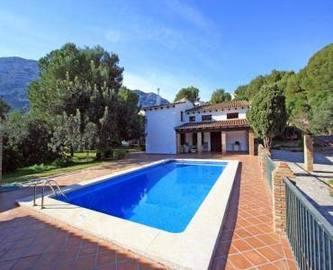 Dénia,Alicante,España,6 Bedrooms Bedrooms,4 BathroomsBathrooms,Chalets,17346