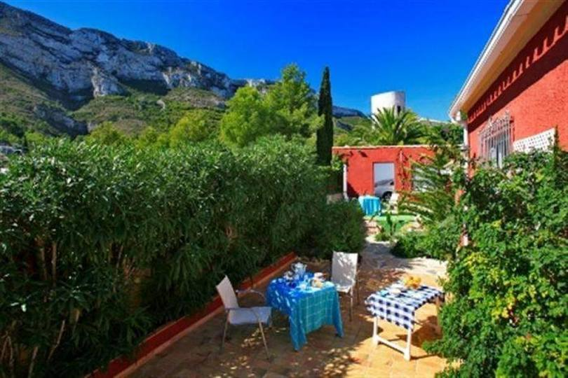 Dénia,Alicante,España,4 Bedrooms Bedrooms,4 BathroomsBathrooms,Chalets,17353