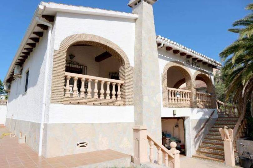 Dénia,Alicante,España,3 Bedrooms Bedrooms,2 BathroomsBathrooms,Chalets,17381