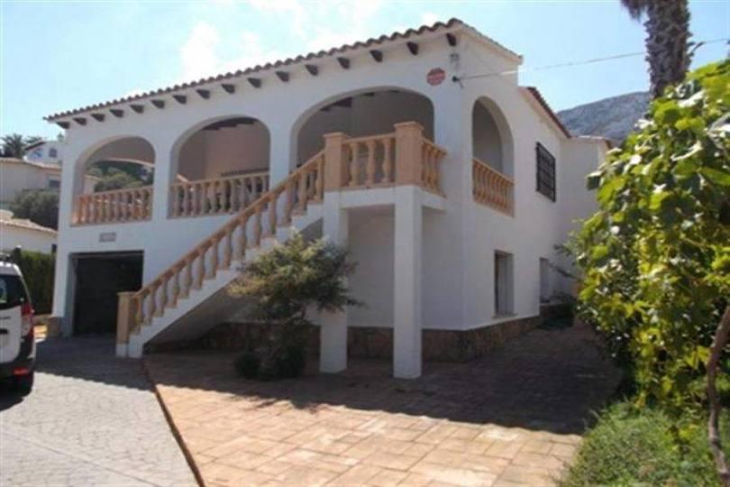 Dénia,Alicante,España,3 Bedrooms Bedrooms,3 BathroomsBathrooms,Chalets,17386