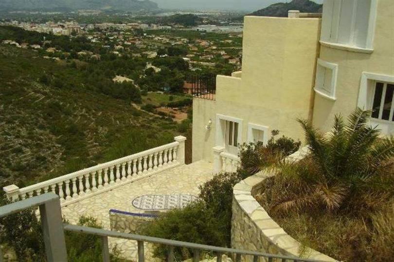 Pedreguer,Alicante,España,5 Bedrooms Bedrooms,4 BathroomsBathrooms,Chalets,17400
