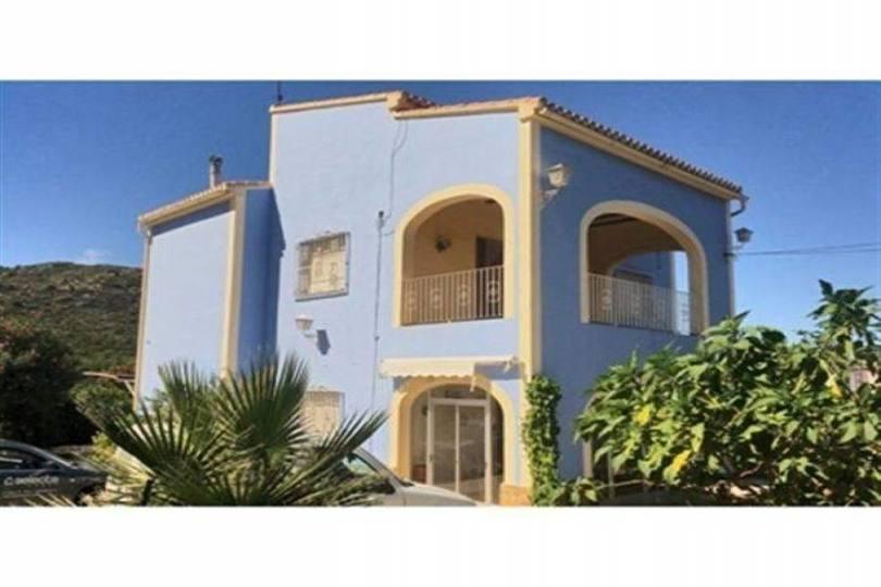 Pedreguer,Alicante,España,8 Bedrooms Bedrooms,3 BathroomsBathrooms,Chalets,17407