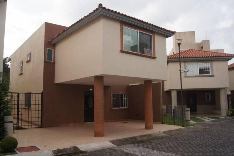 Metepec,Estado de Mexico,México,4 Habitaciones Habitaciones,3 BañosBaños,Casas,2486