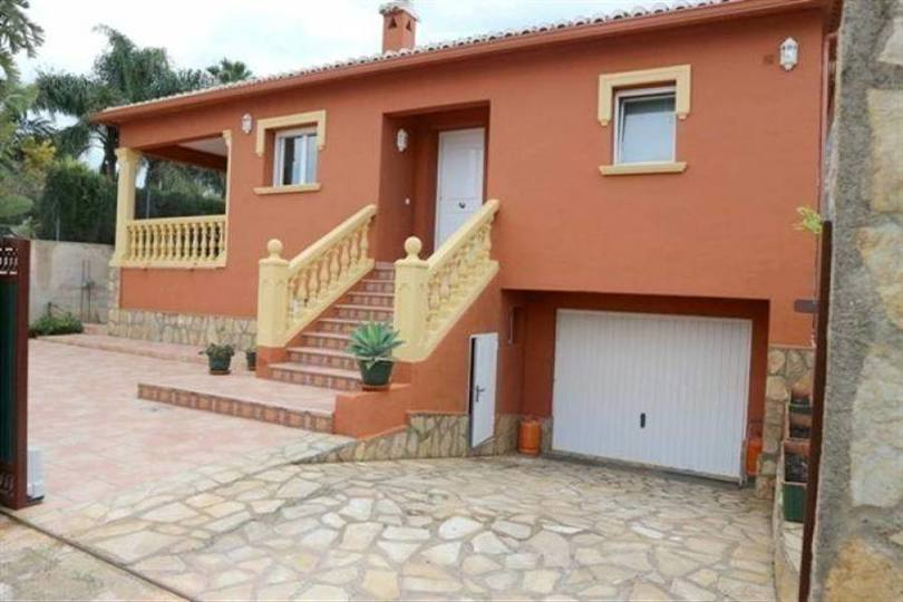 Dénia,Alicante,España,4 Bedrooms Bedrooms,4 BathroomsBathrooms,Chalets,17436
