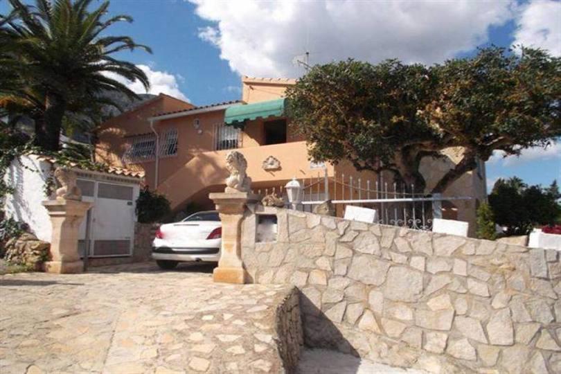 Dénia,Alicante,España,4 Bedrooms Bedrooms,3 BathroomsBathrooms,Chalets,17443