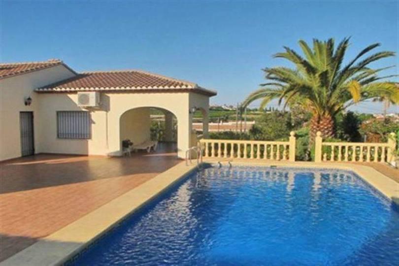 Beniarbeig,Alicante,España,4 Bedrooms Bedrooms,4 BathroomsBathrooms,Chalets,17448