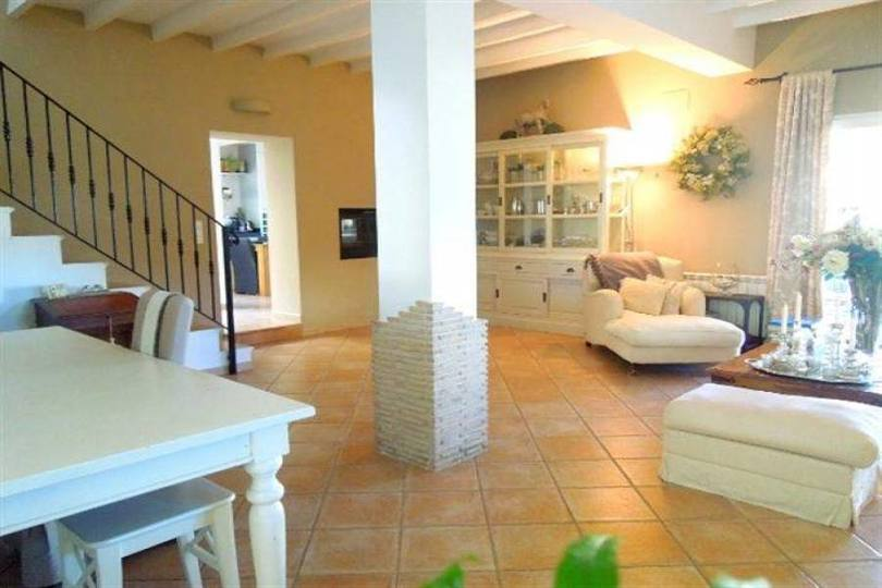 Dénia,Alicante,España,6 Bedrooms Bedrooms,4 BathroomsBathrooms,Chalets,17458