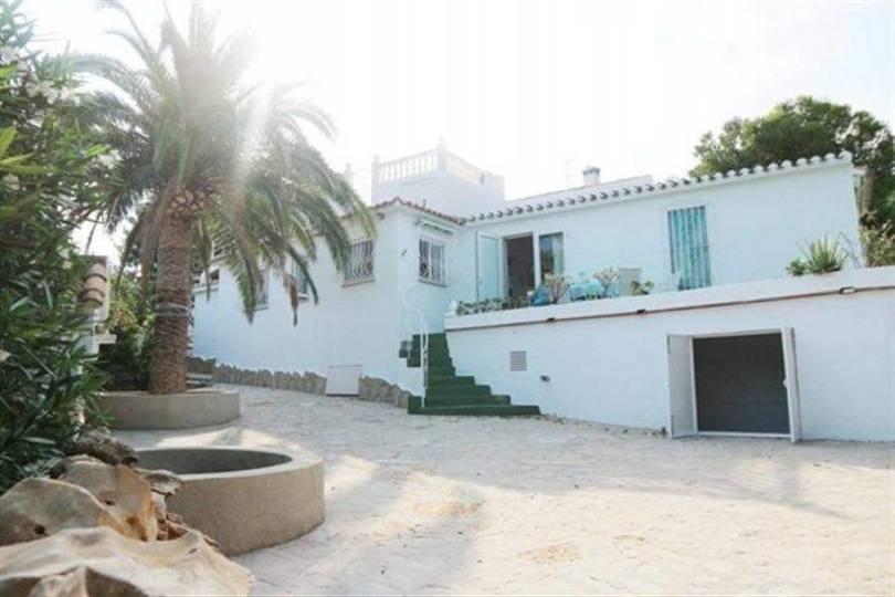 Dénia,Alicante,España,3 Bedrooms Bedrooms,4 BathroomsBathrooms,Chalets,17464