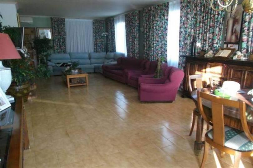 Pedreguer,Alicante,España,9 Bedrooms Bedrooms,4 BathroomsBathrooms,Chalets,17479