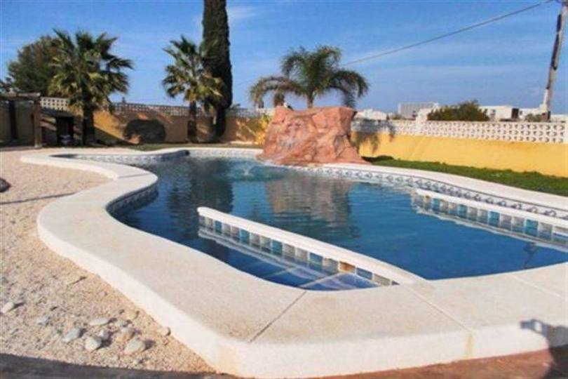 Dénia,Alicante,España,5 Bedrooms Bedrooms,4 BathroomsBathrooms,Chalets,17490