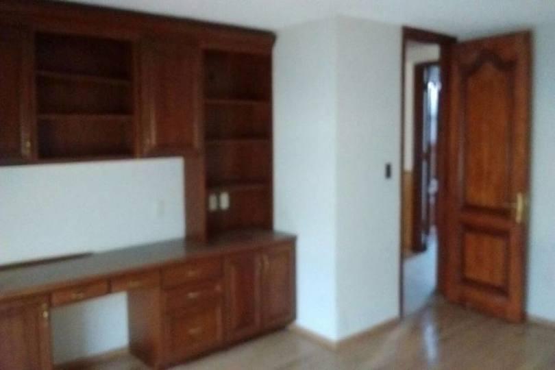 Metepec,Estado de Mexico,México,4 Habitaciones Habitaciones,4 BañosBaños,Casas,2496