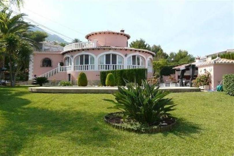 Dénia,Alicante,España,3 Bedrooms Bedrooms,3 BathroomsBathrooms,Chalets,17520