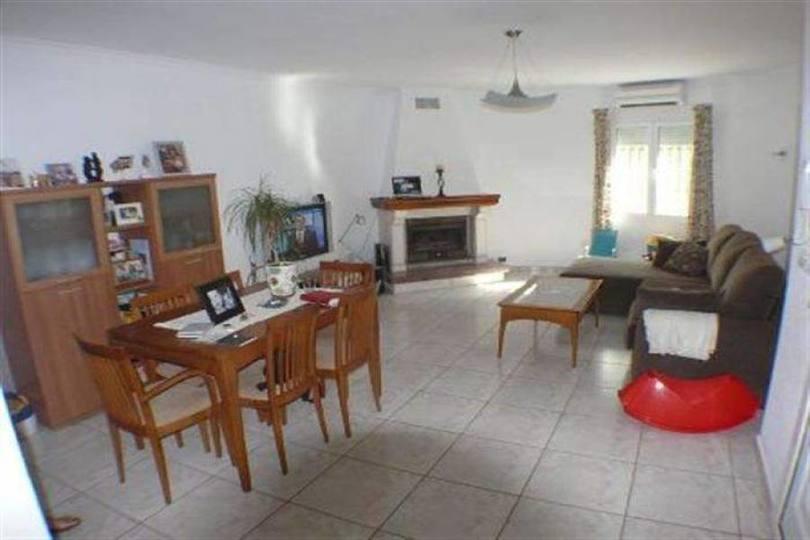 Dénia,Alicante,España,4 Bedrooms Bedrooms,3 BathroomsBathrooms,Chalets,17526