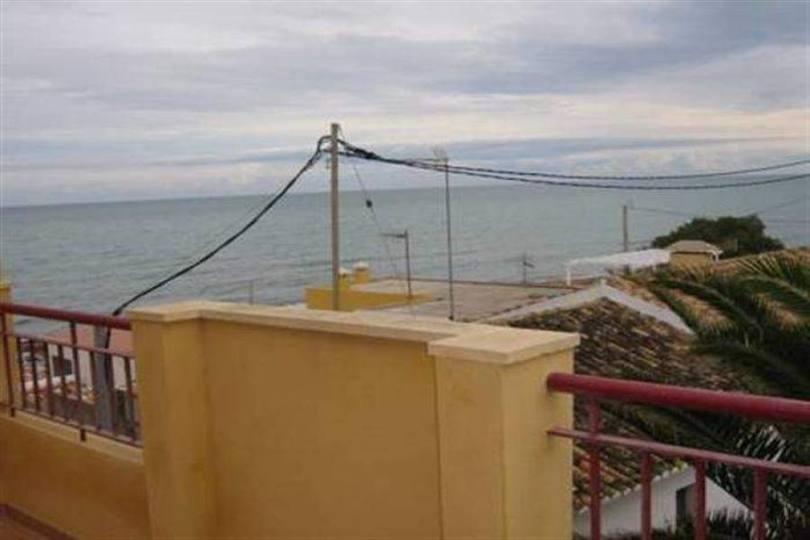 Dénia,Alicante,España,3 Bedrooms Bedrooms,2 BathroomsBathrooms,Chalets,17528