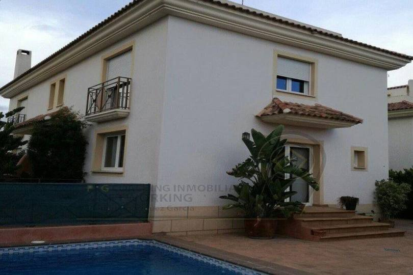Alfaz del Pi,Alicante,España,3 Bedrooms Bedrooms,3 BathroomsBathrooms,Chalets,17545