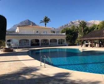 La Nucia,Alicante,España,7 Bedrooms Bedrooms,5 BathroomsBathrooms,Chalets,17555
