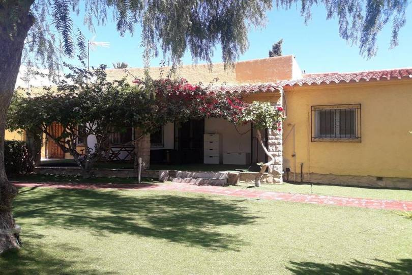 Benidorm,Alicante,España,4 Bedrooms Bedrooms,3 BathroomsBathrooms,Chalets,17562