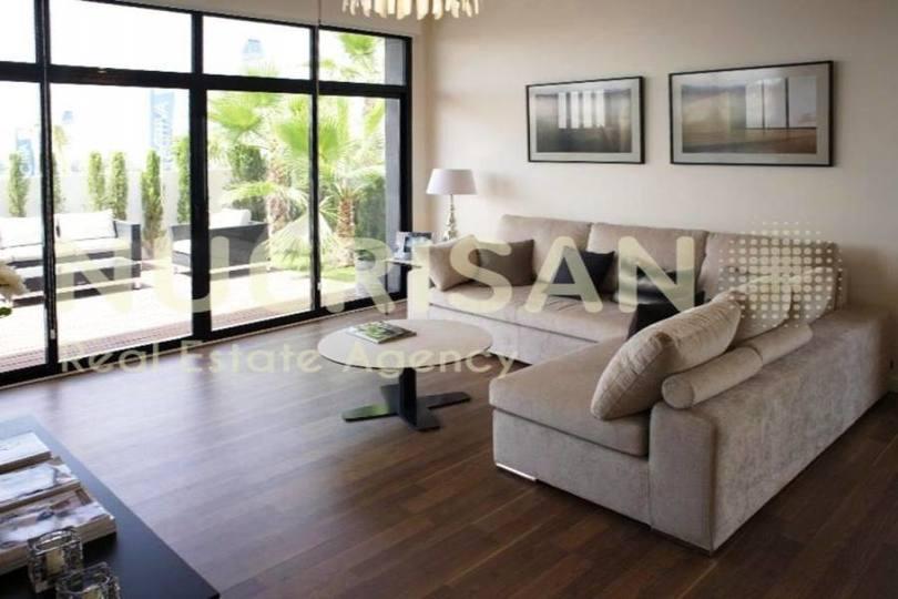 Elche,Alicante,España,3 Bedrooms Bedrooms,3 BathroomsBathrooms,Chalets,17573
