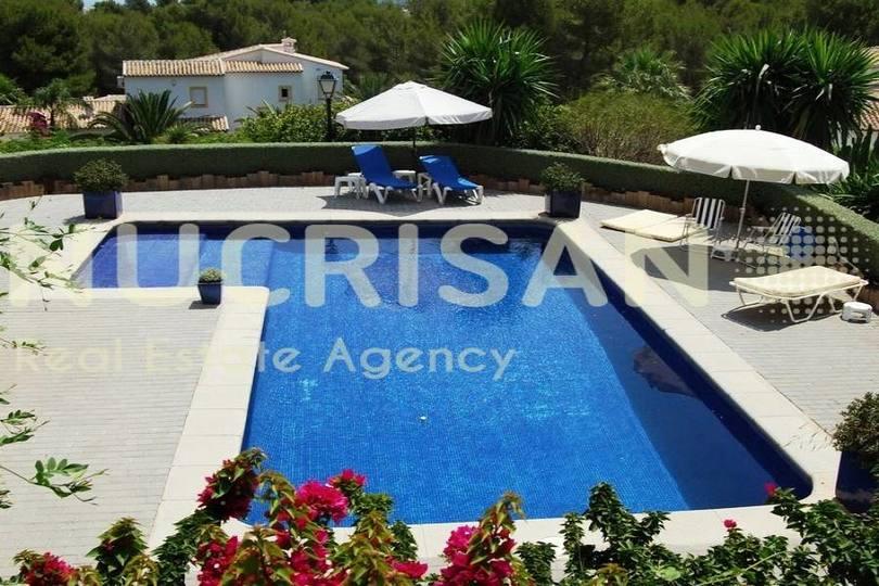 Adsubia,Alicante,España,6 Bedrooms Bedrooms,6 BathroomsBathrooms,Chalets,17593