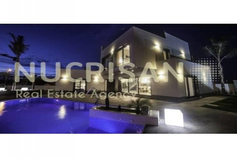 Orihuela,Alicante,España,3 Bedrooms Bedrooms,4 BathroomsBathrooms,Chalets,17604
