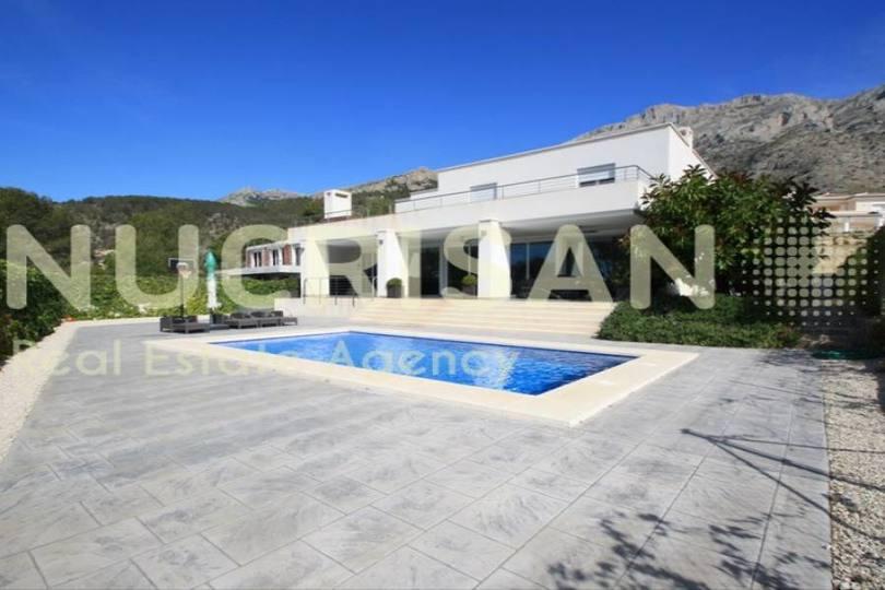 Altea,Alicante,España,3 Bedrooms Bedrooms,3 BathroomsBathrooms,Chalets,17623