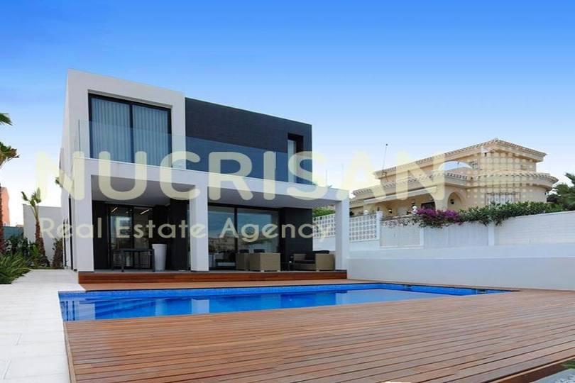 Elche,Alicante,España,3 Bedrooms Bedrooms,3 BathroomsBathrooms,Chalets,17646
