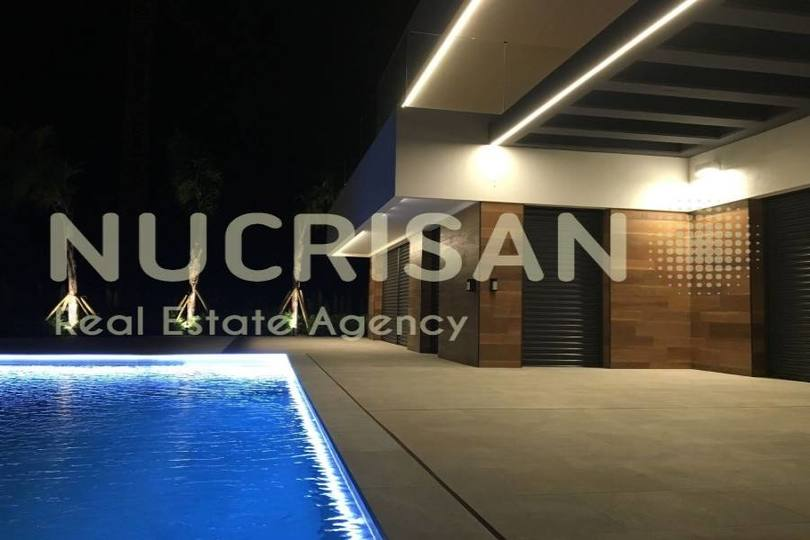 Finestrat,Alicante,España,4 Bedrooms Bedrooms,4 BathroomsBathrooms,Chalets,17701