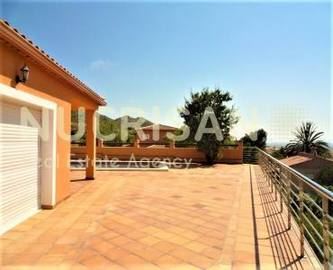 Busot,Alicante,España,3 Bedrooms Bedrooms,3 BathroomsBathrooms,Chalets,17731