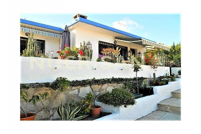el Campello,Alicante,España,3 Bedrooms Bedrooms,1 BañoBathrooms,Chalets,17748