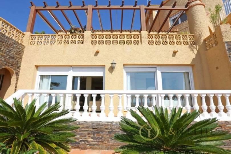 el Campello,Alicante,España,5 Bedrooms Bedrooms,5 BathroomsBathrooms,Chalets,17768