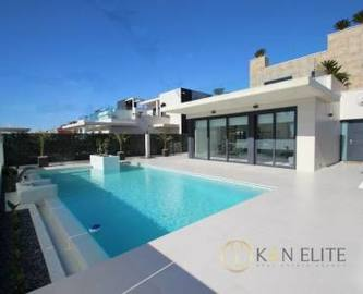 Orihuela,Alicante,España,4 Bedrooms Bedrooms,4 BathroomsBathrooms,Chalets,17773