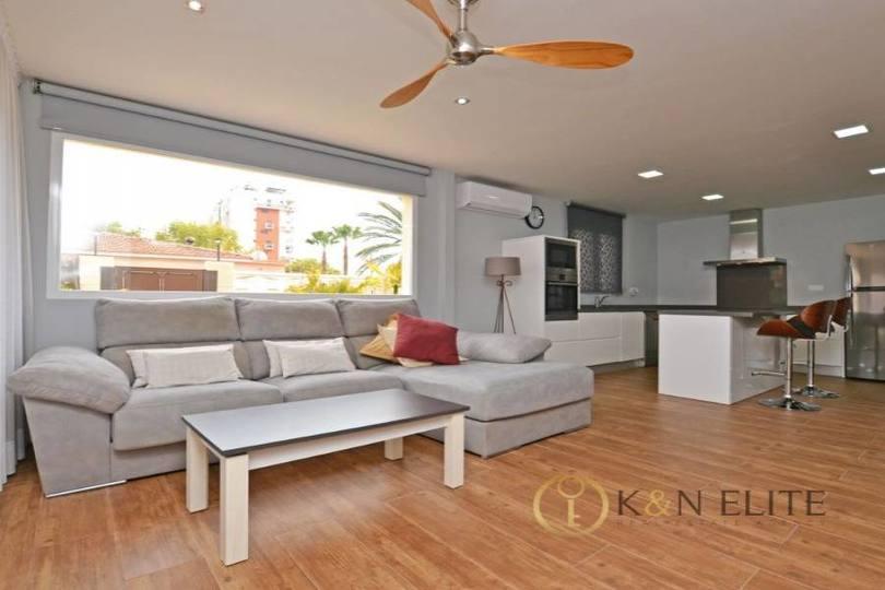 Alicante,Alicante,España,2 Bedrooms Bedrooms,1 BañoBathrooms,Chalets,17815