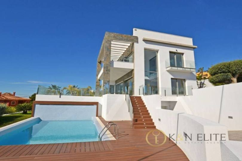 Villajoyosa,Alicante,España,4 Bedrooms Bedrooms,5 BathroomsBathrooms,Chalets,17818