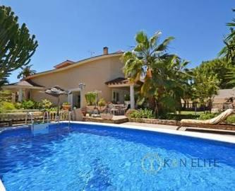 el Campello,Alicante,España,5 Bedrooms Bedrooms,4 BathroomsBathrooms,Chalets,17822