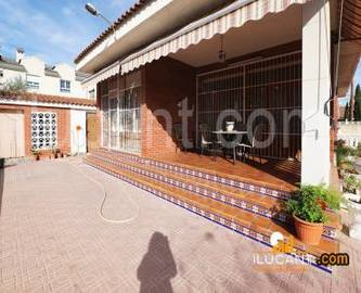 San Vicente del Raspeig,Alicante,España,5 Bedrooms Bedrooms,2 BathroomsBathrooms,Chalets,17868