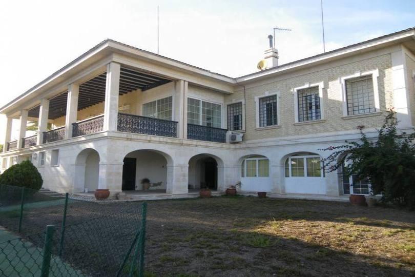 Alicante,Alicante,España,8 Bedrooms Bedrooms,5 BathroomsBathrooms,Chalets,17877