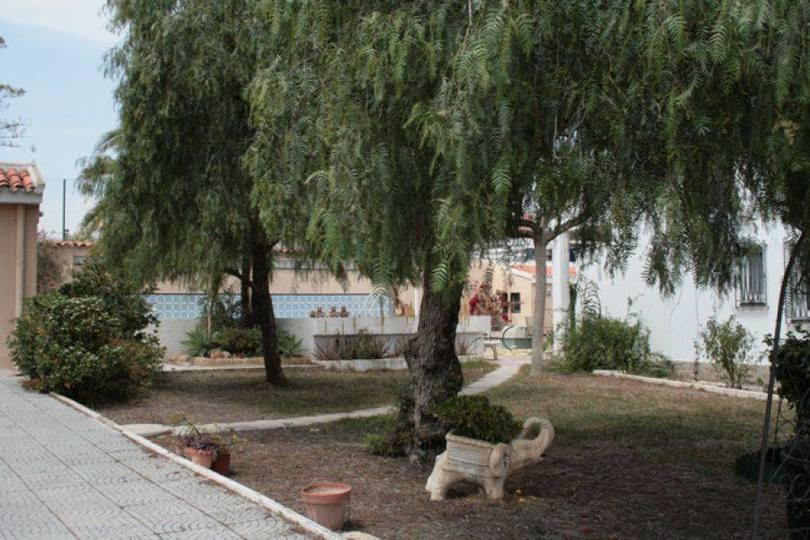 Alicante,Alicante,España,6 Bedrooms Bedrooms,2 BathroomsBathrooms,Chalets,17879